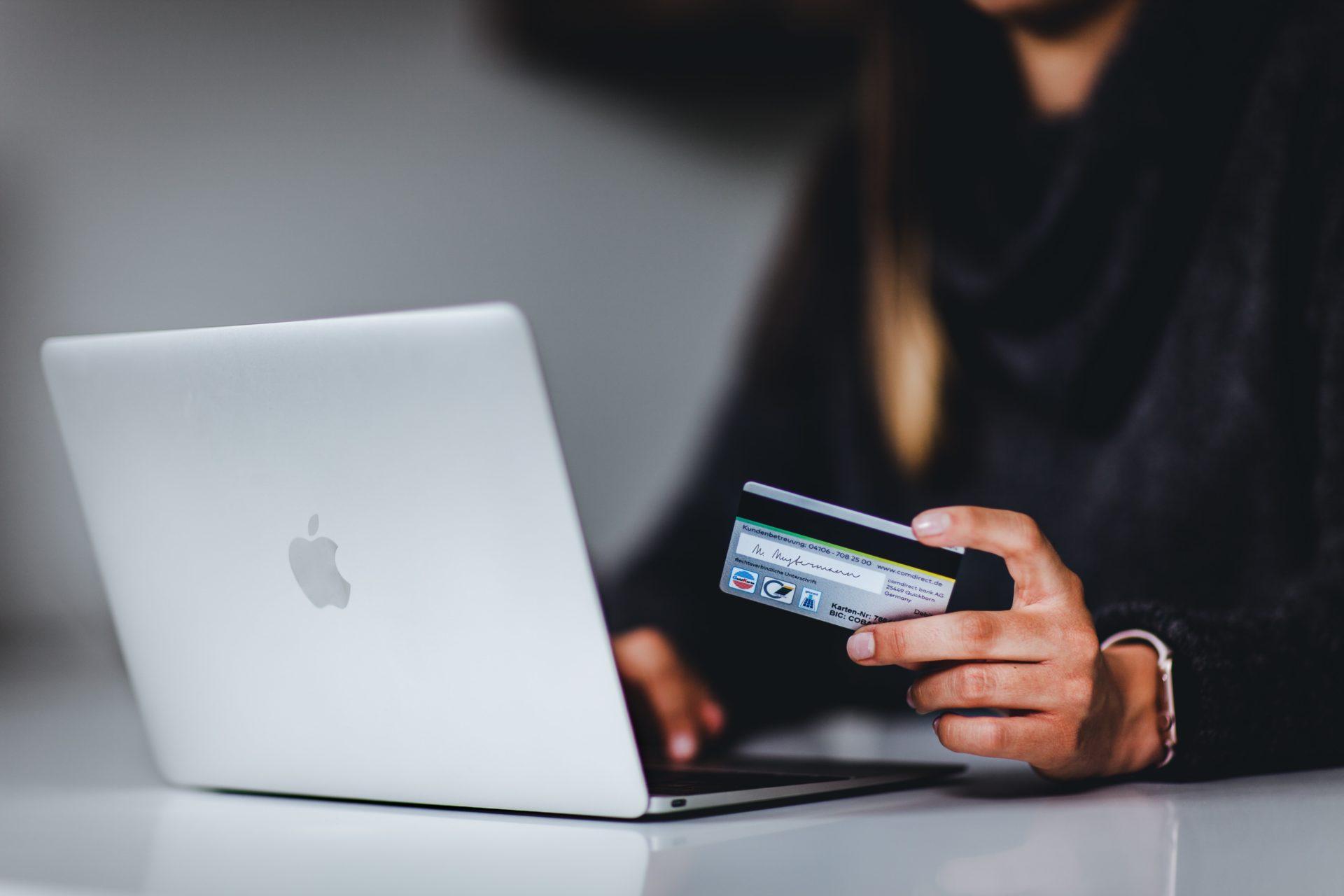 paiement en trois fois dette surconsommation